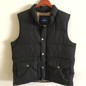 Old Navy L black puffer vest